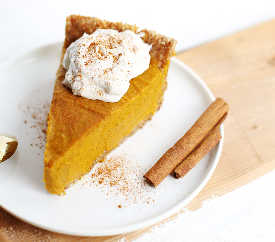 Pumpkin Pie No Bake with Shredded Pumpkin | blog.fablunch.com