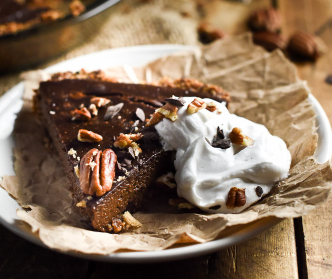 Chocolate Vegan Pumpkin Pie | heendlessmeal.com