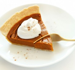 Vegan Gluten Free Pumpkin Pie | minimalistbaker.com