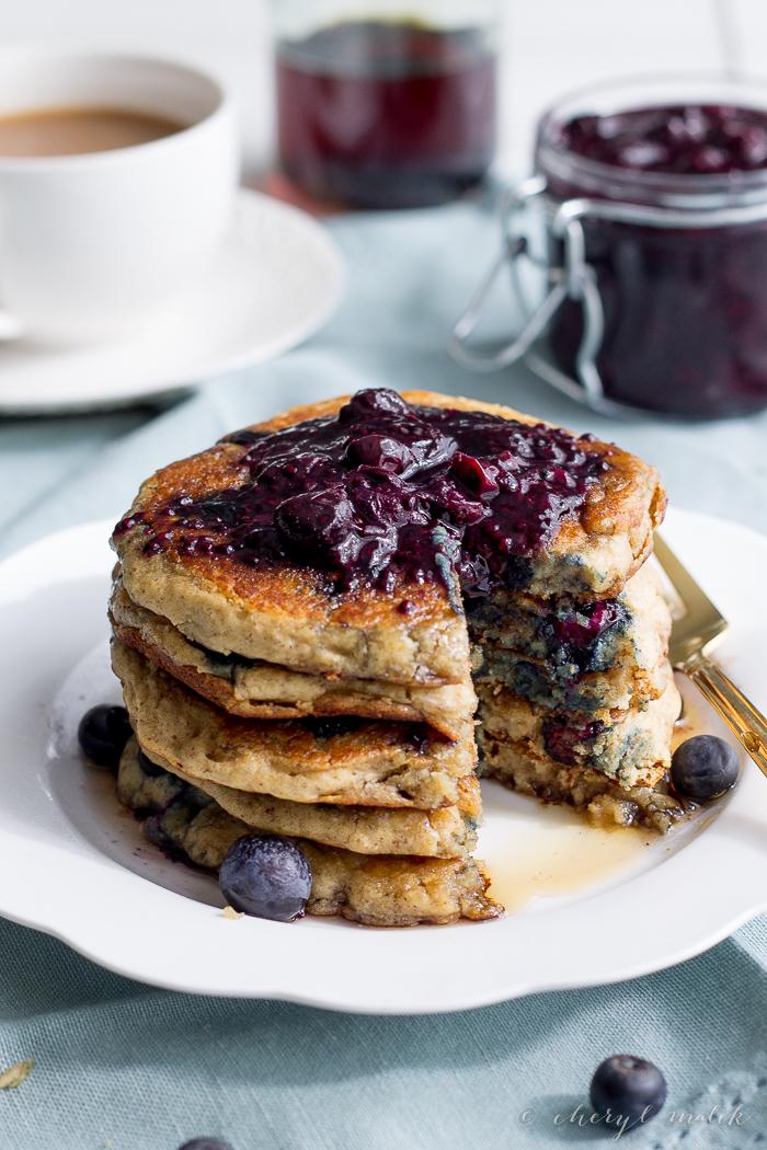 Blueberry Oatmeal Pancakes | 40aprons.com