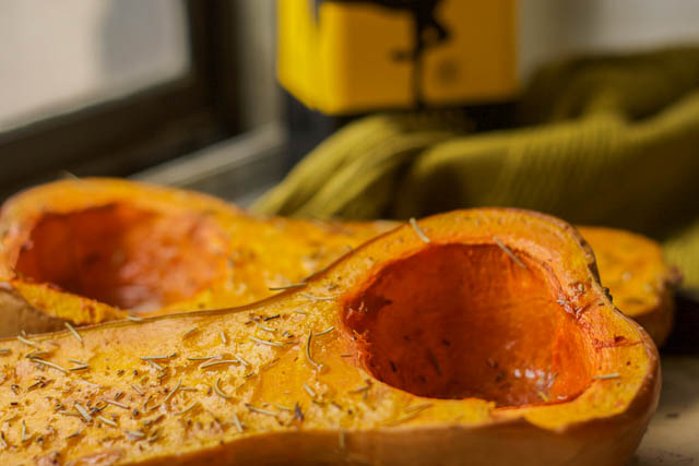 Recipe for Baked Butternut Squash with Maple Syrup
