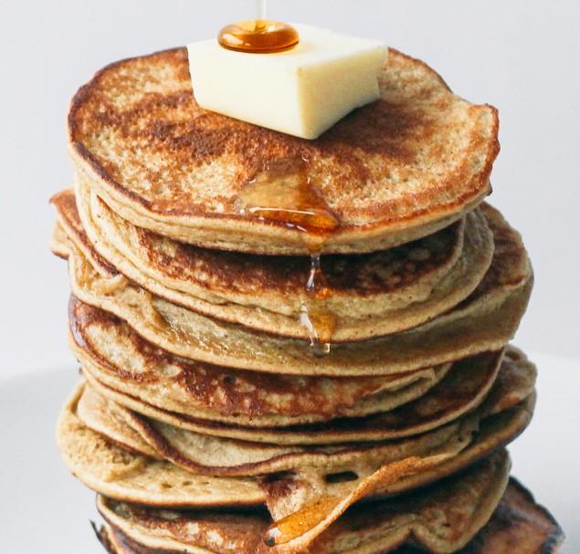 2 Ingredient Pancakes | topwithcinnamon.com